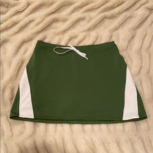 Athleta Green and White Skort